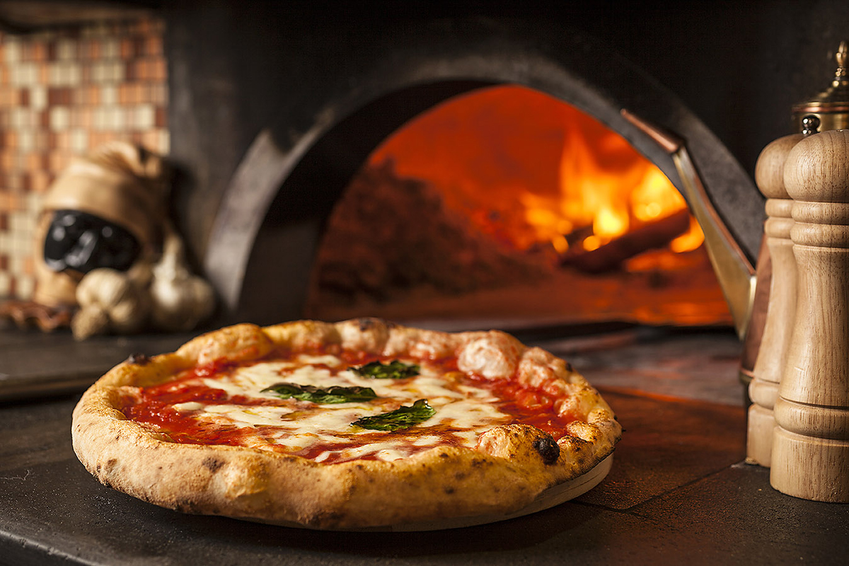 The Tradition: Pizza Margherita